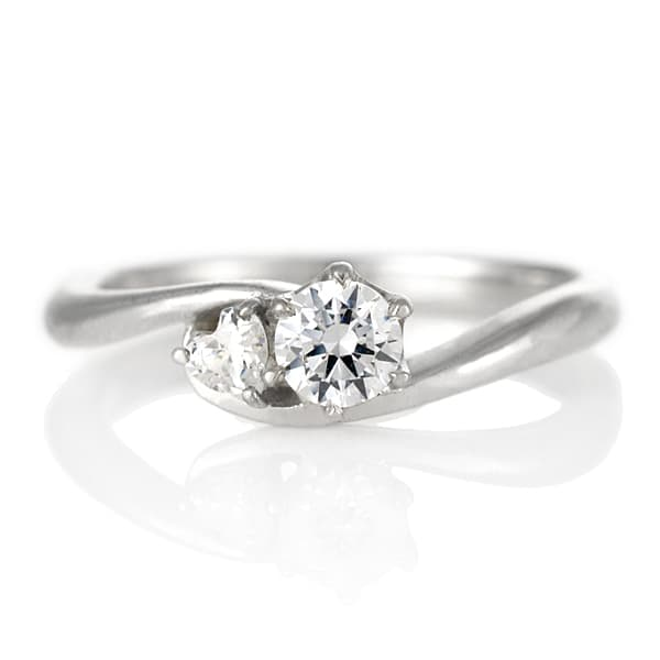 a4c86b6ddc 【鑑別書付】 プラチナ ダイヤモンド リング 婚約指輪 エンゲージリング