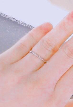 いろいろな種類を手にとっていい状態でみせてくれるので、気兼ねなくいろいろな指輪をみることができた