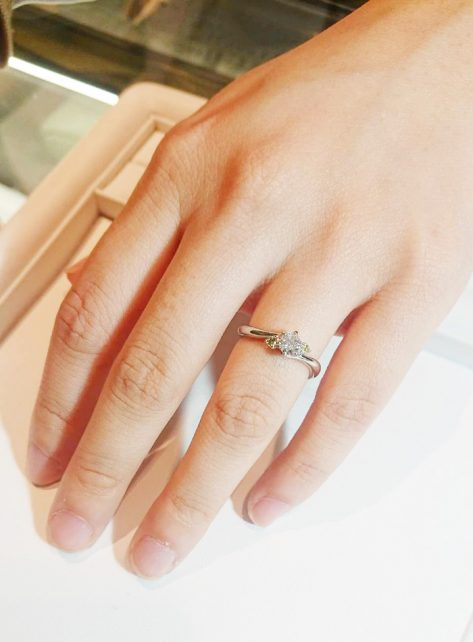 何度も試着させていただき、納得の行く指輪を作っていただいた