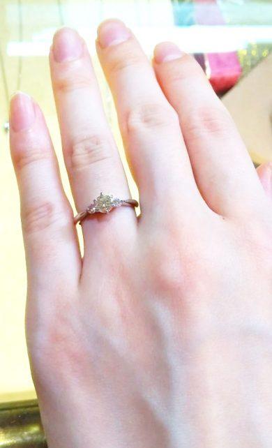 店員さんが終始丁寧に対応して下さり、初めての指輪購入でしたがとても選びやすかったです。